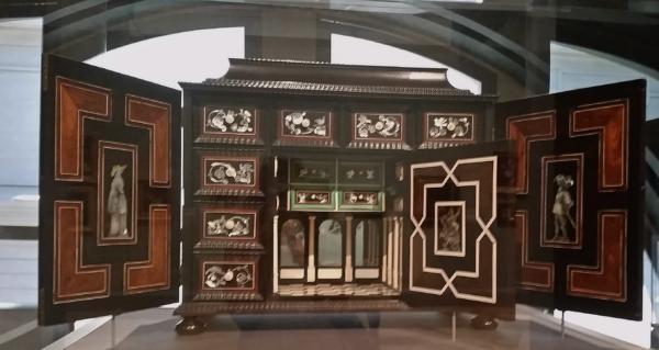 Cabinet olandese, 1640 circa, Metropolitan Museum of New York